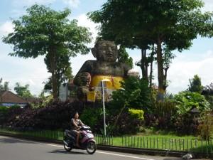 赤ちゃんの石像Patung Bayi